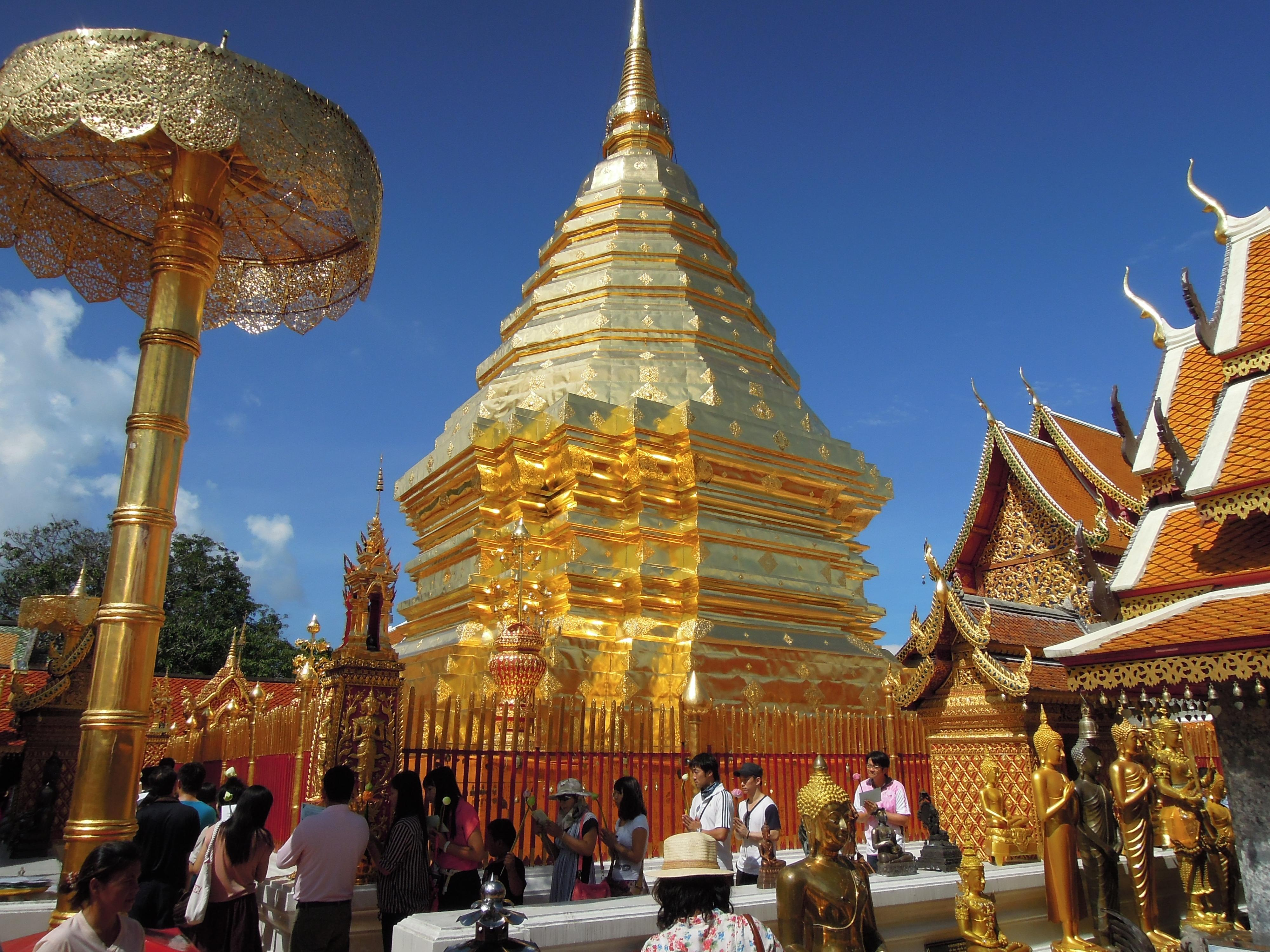 Wat Phrathat Doi Suthep 9