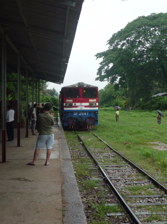 Hsibaw train station[1]_edited
