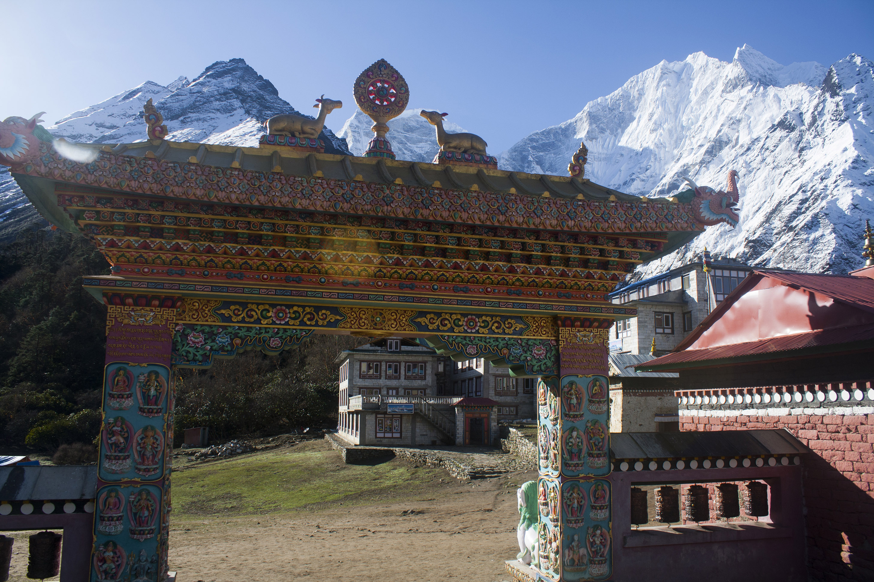 Tengboche_Monastery_Gate