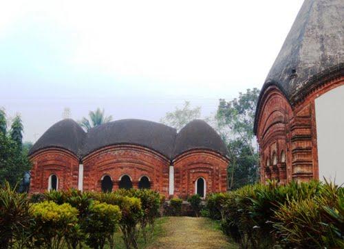 pancharatna  gabinda  temple-4