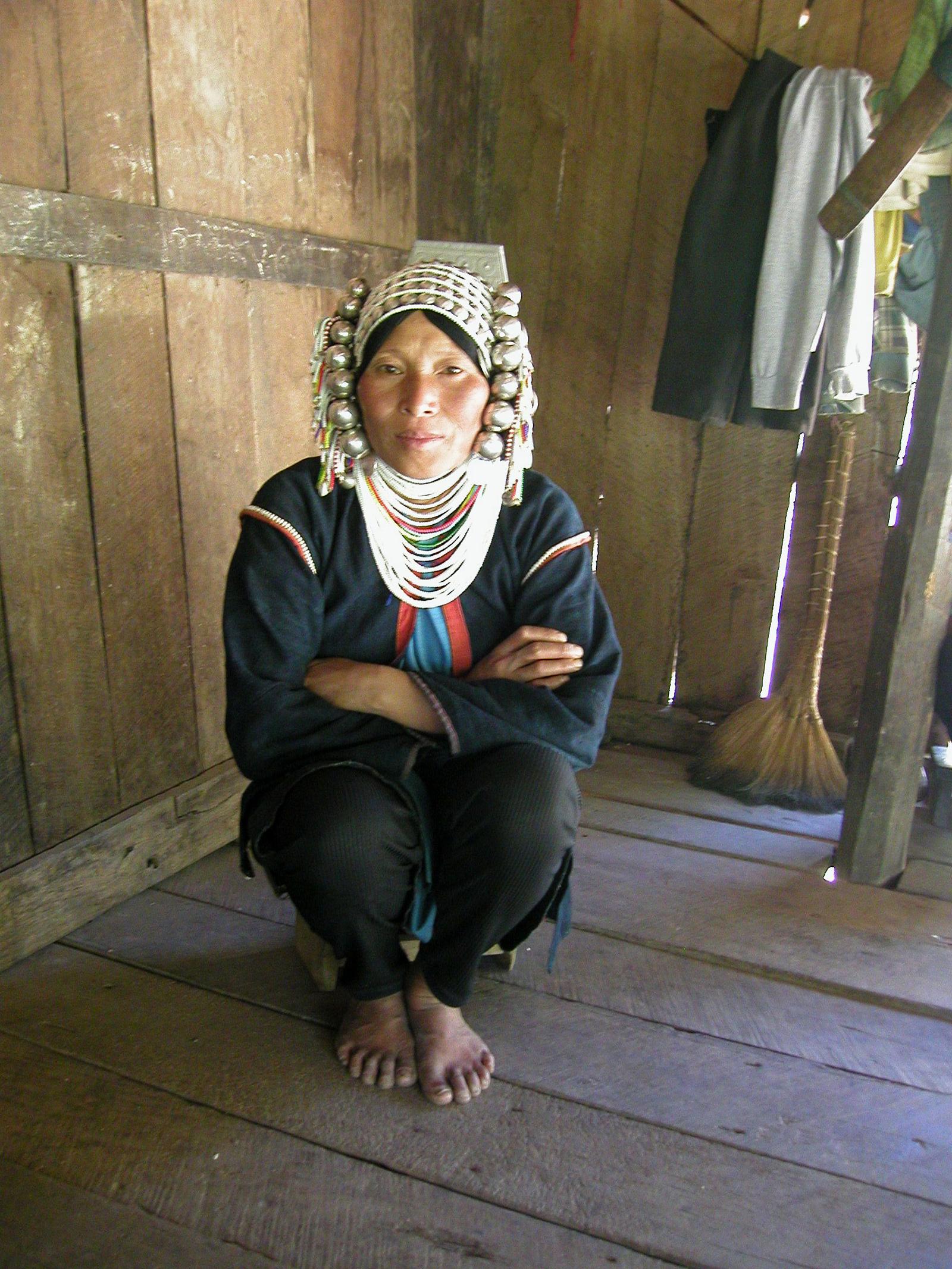 Kengtung - Akha tribe lady