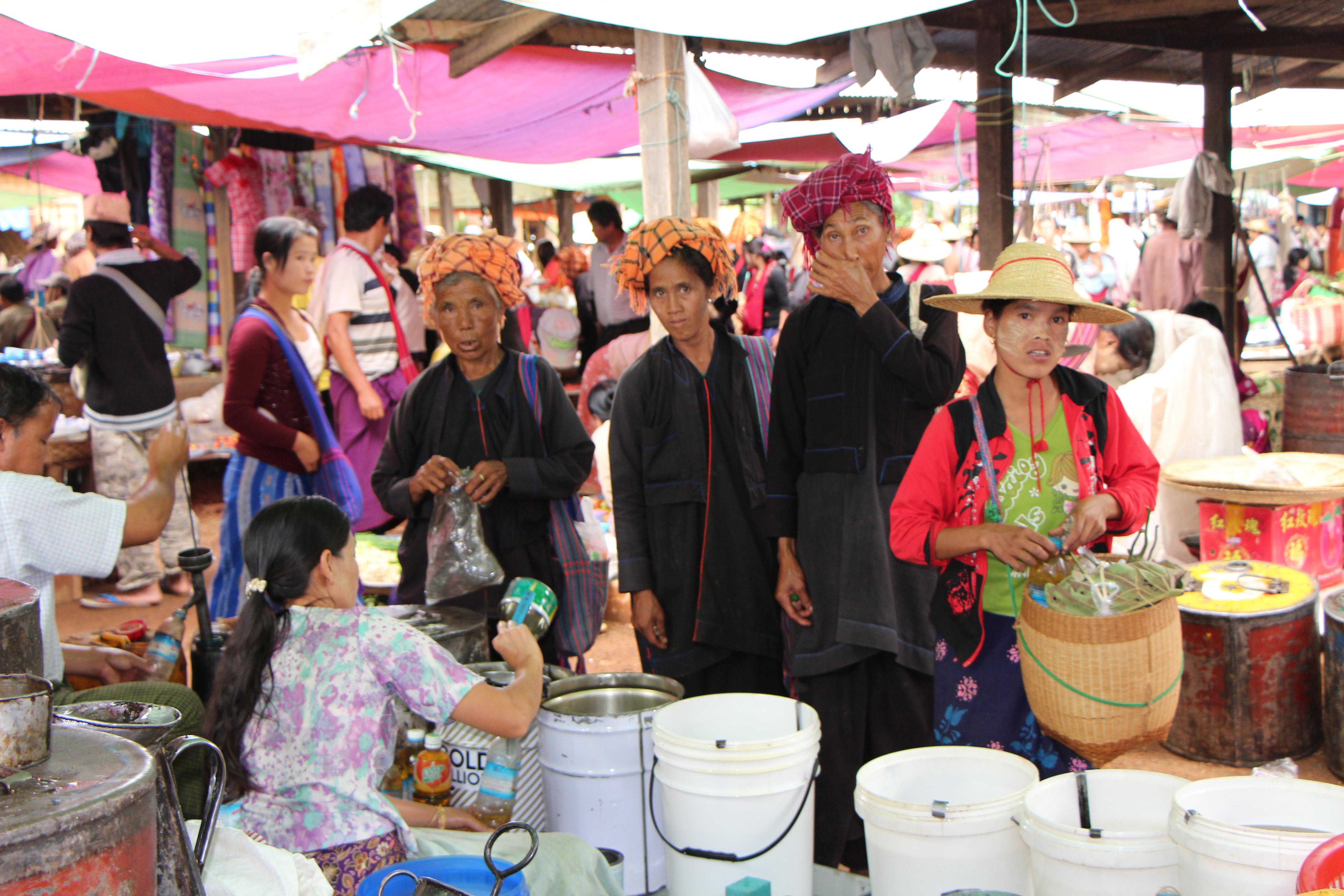 Heho-market