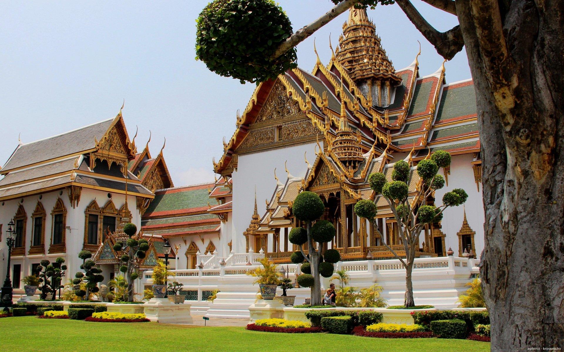 kiralyi-palota-bangkok