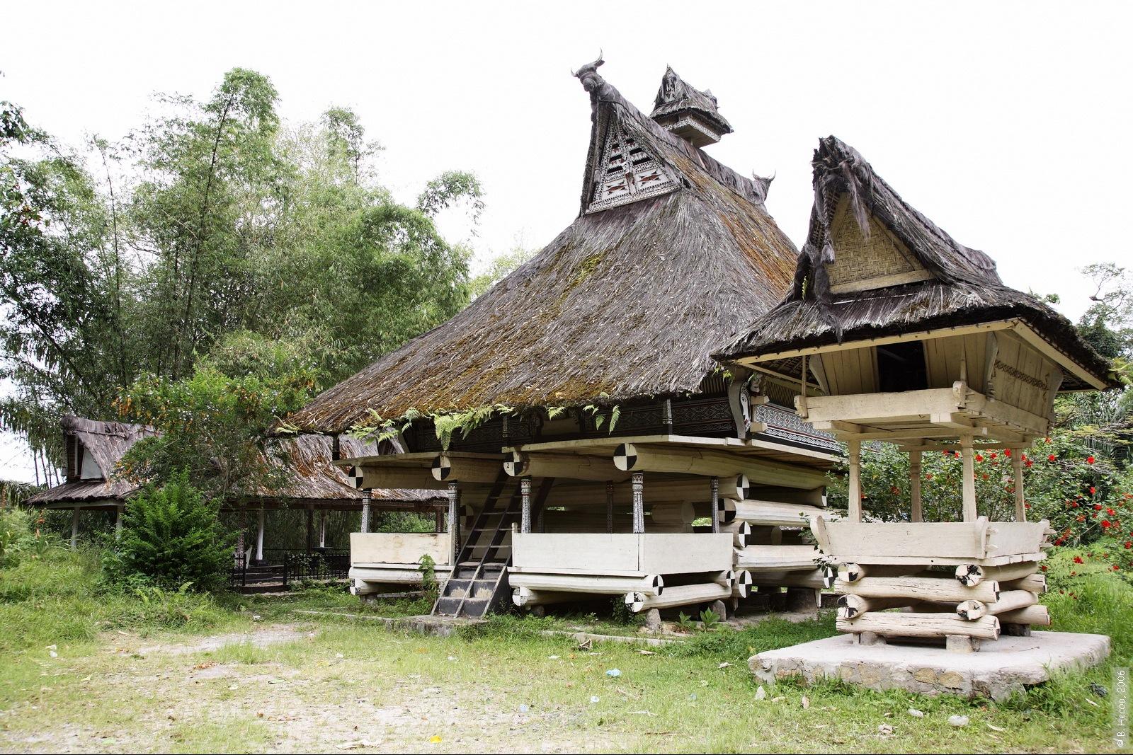 1-088  North Sumatra, Simarjarunjung1