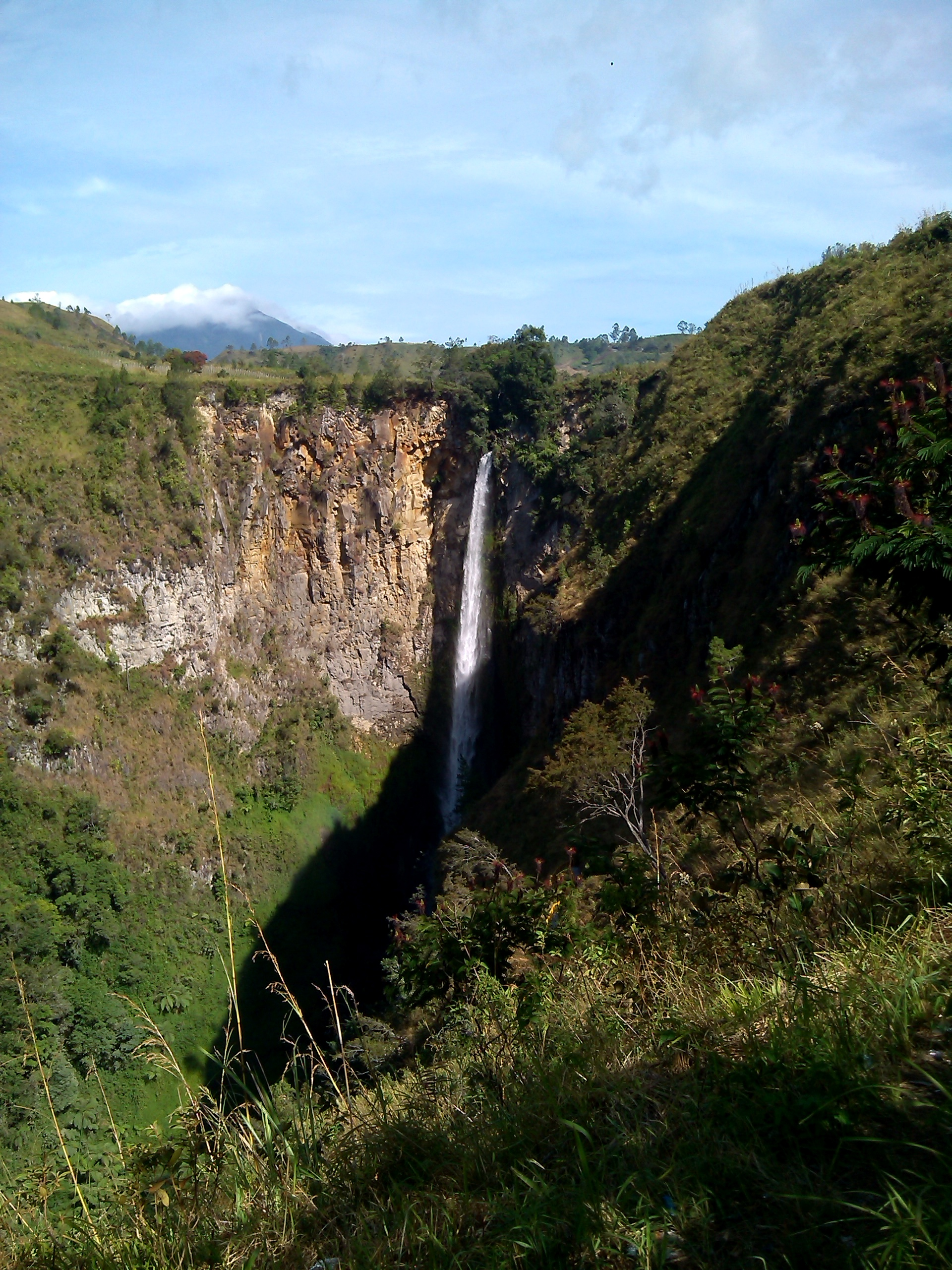 Sipiso Piso Water Fall