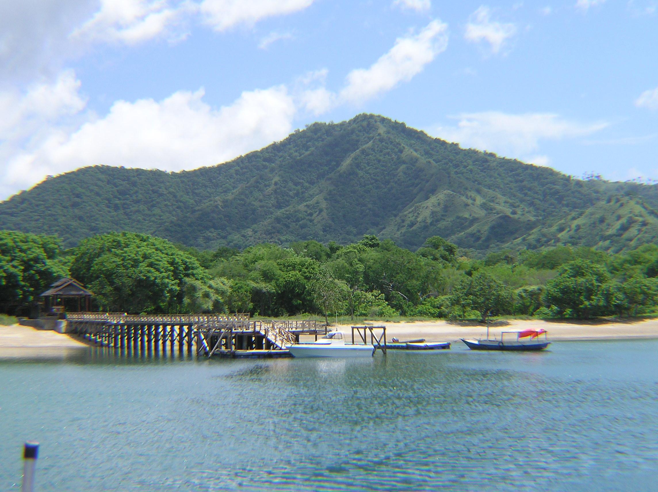 Loh Liang Ranger Station - Komodo Island 2