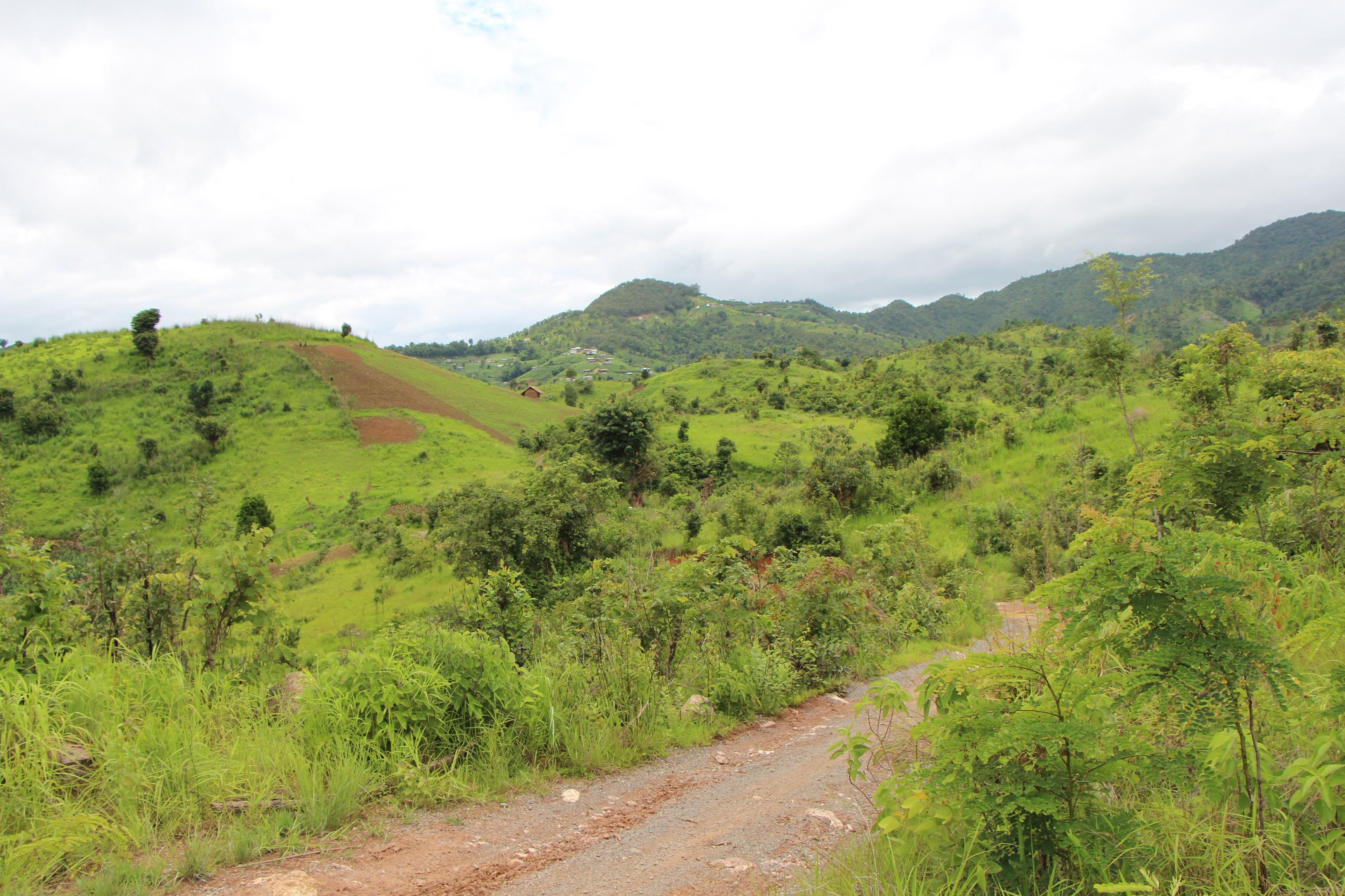 Inle Trekking Scenery 3