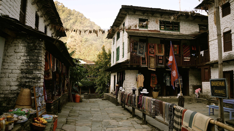 mountain-road-hiking-street-house-town-764018-pxhere.com