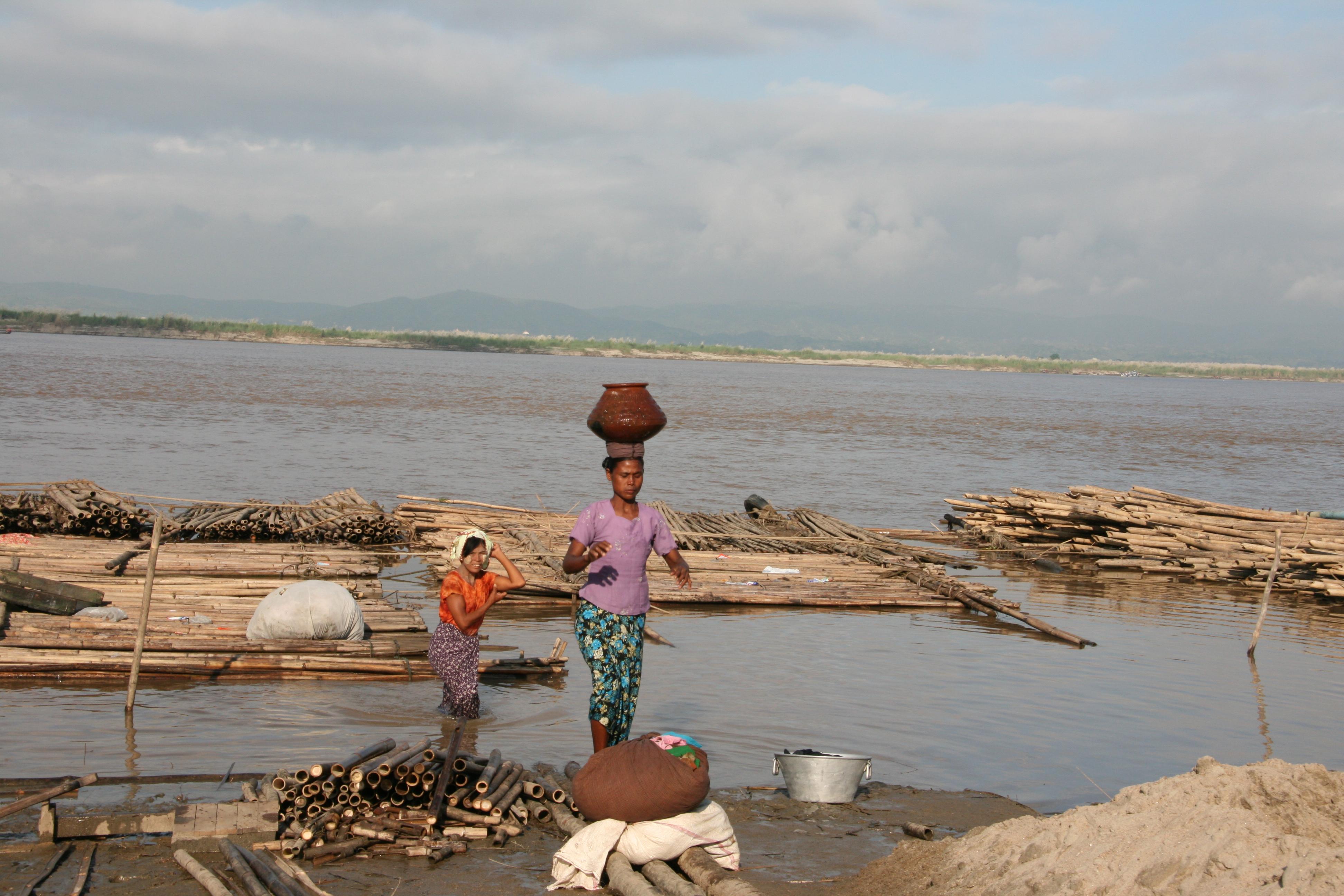MDL - Ayarwaddy river 5[1]