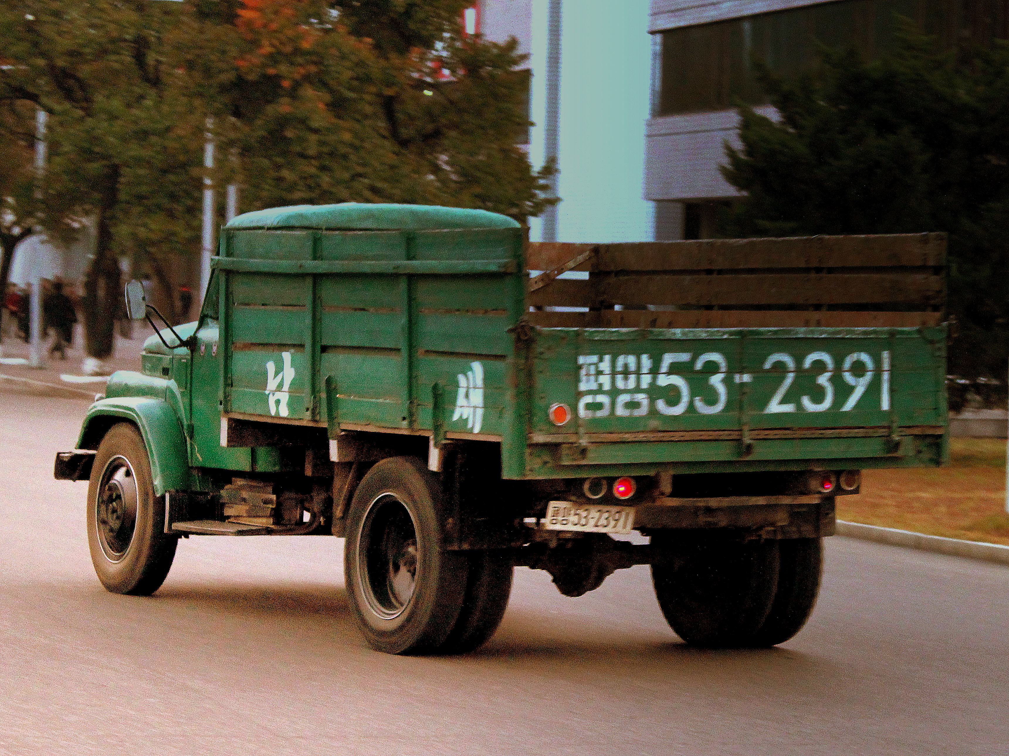 SUNGRI_58_NORTH_KOREAN_TRUCK_(BASED_ON_A_RUSSIAN_DESIGN)IN_PYONGYANG_CITY_DPRK_NORTH_KOREA_OCT_2012_