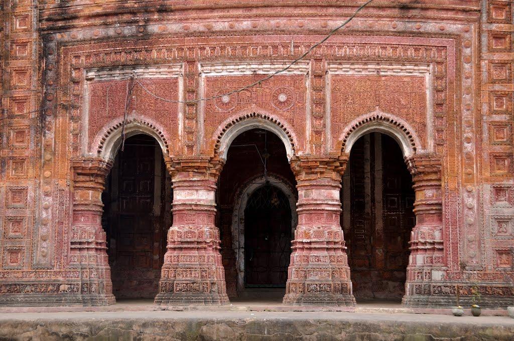 pancharatna  gabinda  temple-3