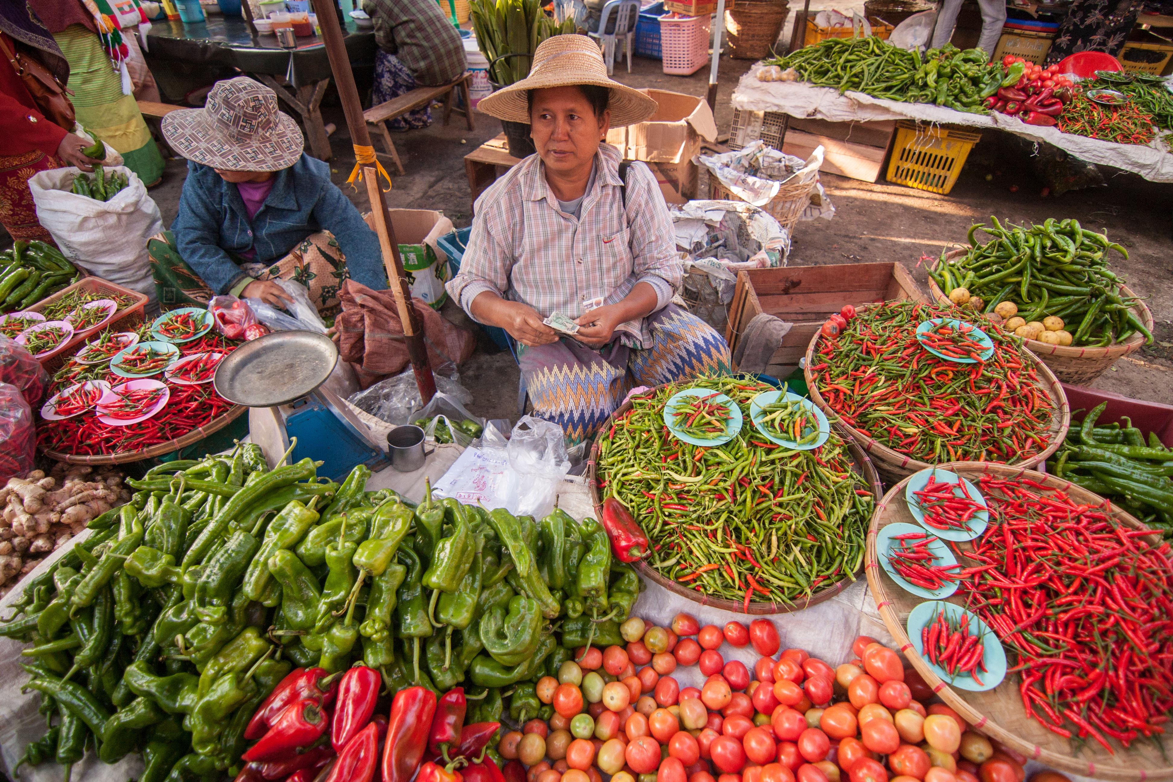 Kyaing Tong Market