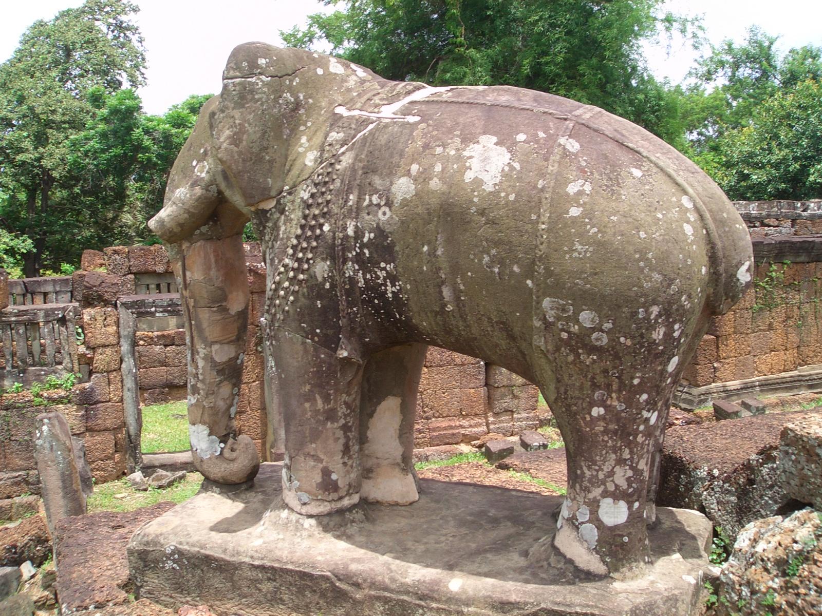 East Mebon - elephant 05