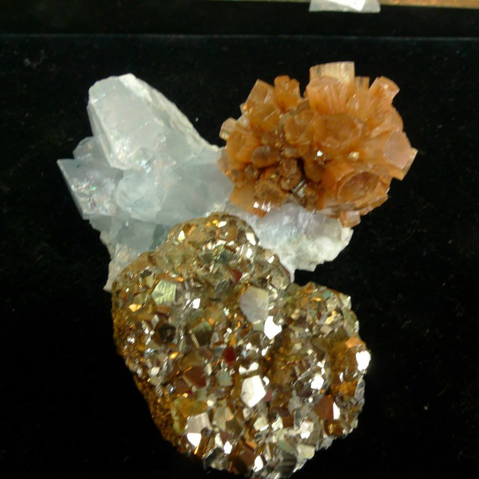 Gemstone/Mineral Specimens