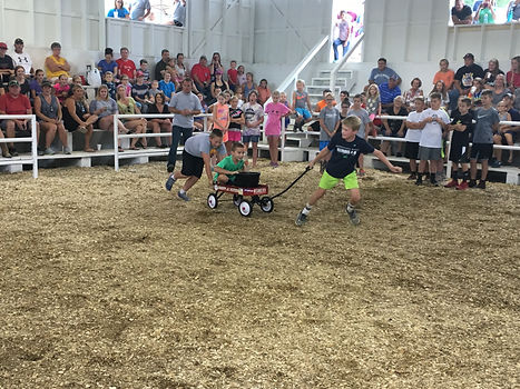 8 - 12 year olds wheelbarrow race - Copy