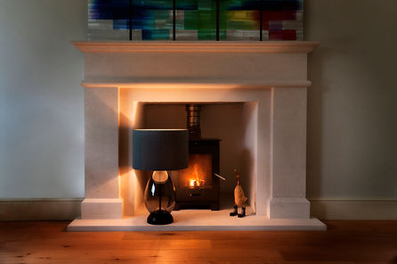 product photography - lamp on a fireplce