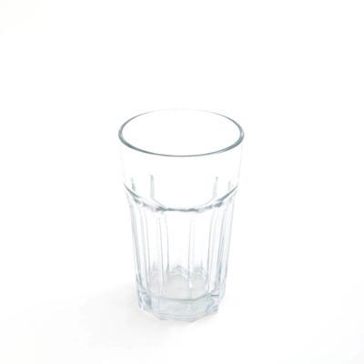 verre d'eau chanteur
