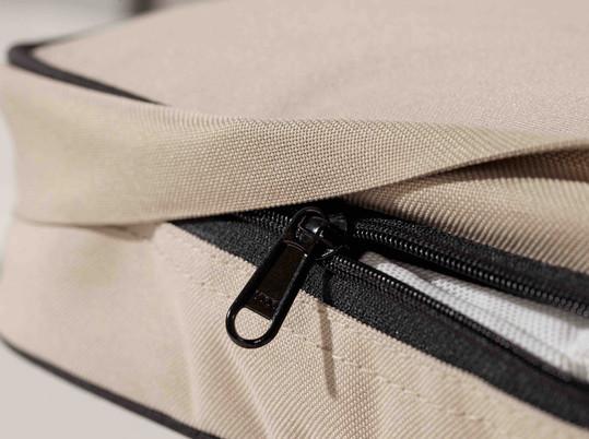 Lounge-Mat-zip-detail.jpg
