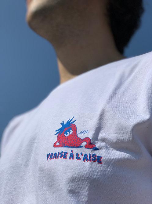 T-shirt - Fraise A l'Aise by JangoJim