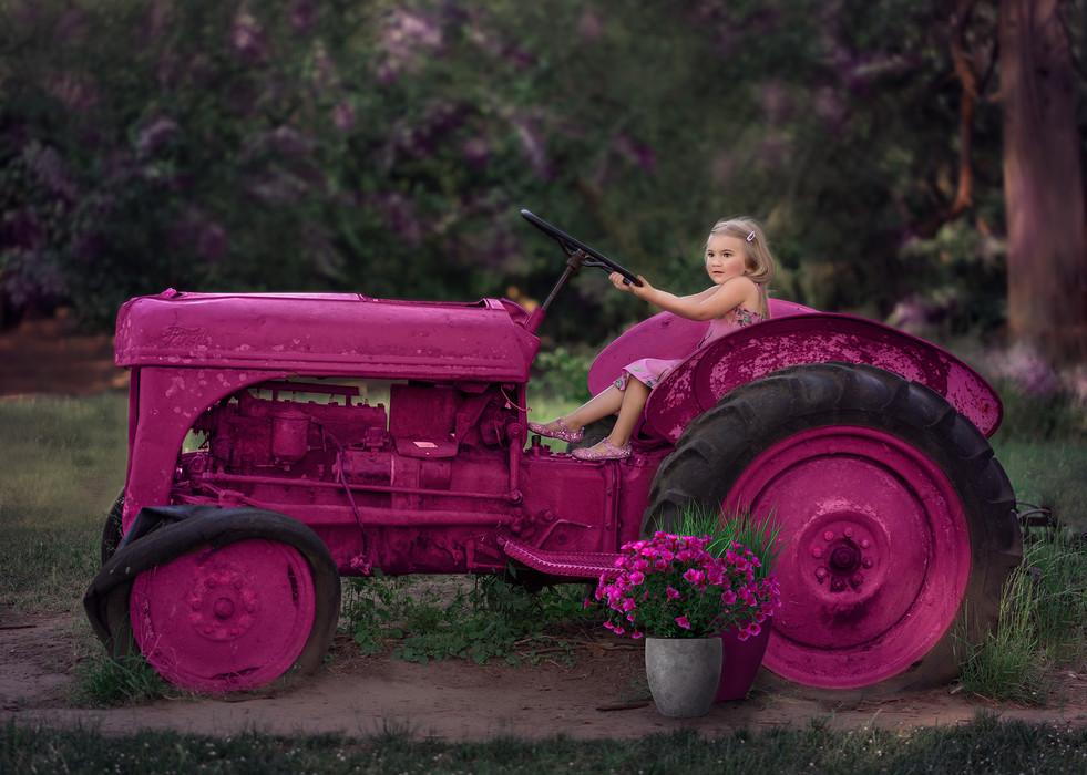 Eve Tractor 1.jpg