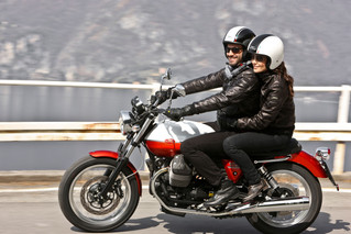 7 advantages of visiting Lake Como riding a motorbike (especially a Guzzi)