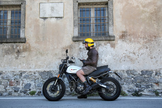 Lake Como Motorbike blog is alive. And we are going very very well!
