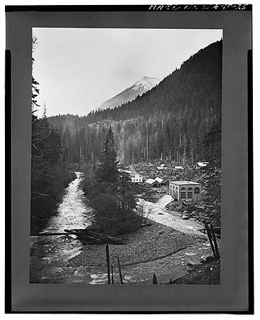Historic power plant on the North Fork Nooksack, circa 1905. Photo: Washington State Archives