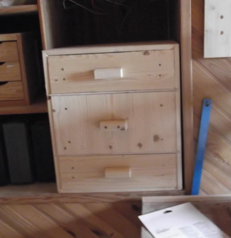 Meuble d'atelier : 3 tiroirs. Réalisation sur-mesure.