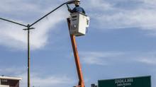 Ganan amparo para seguir instalando luminarias en Guadalajara