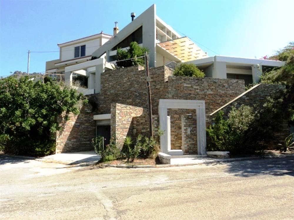House3.jpg