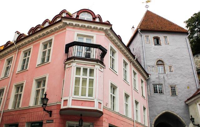 Fine fasader! Gamlebyen i Tallin.
