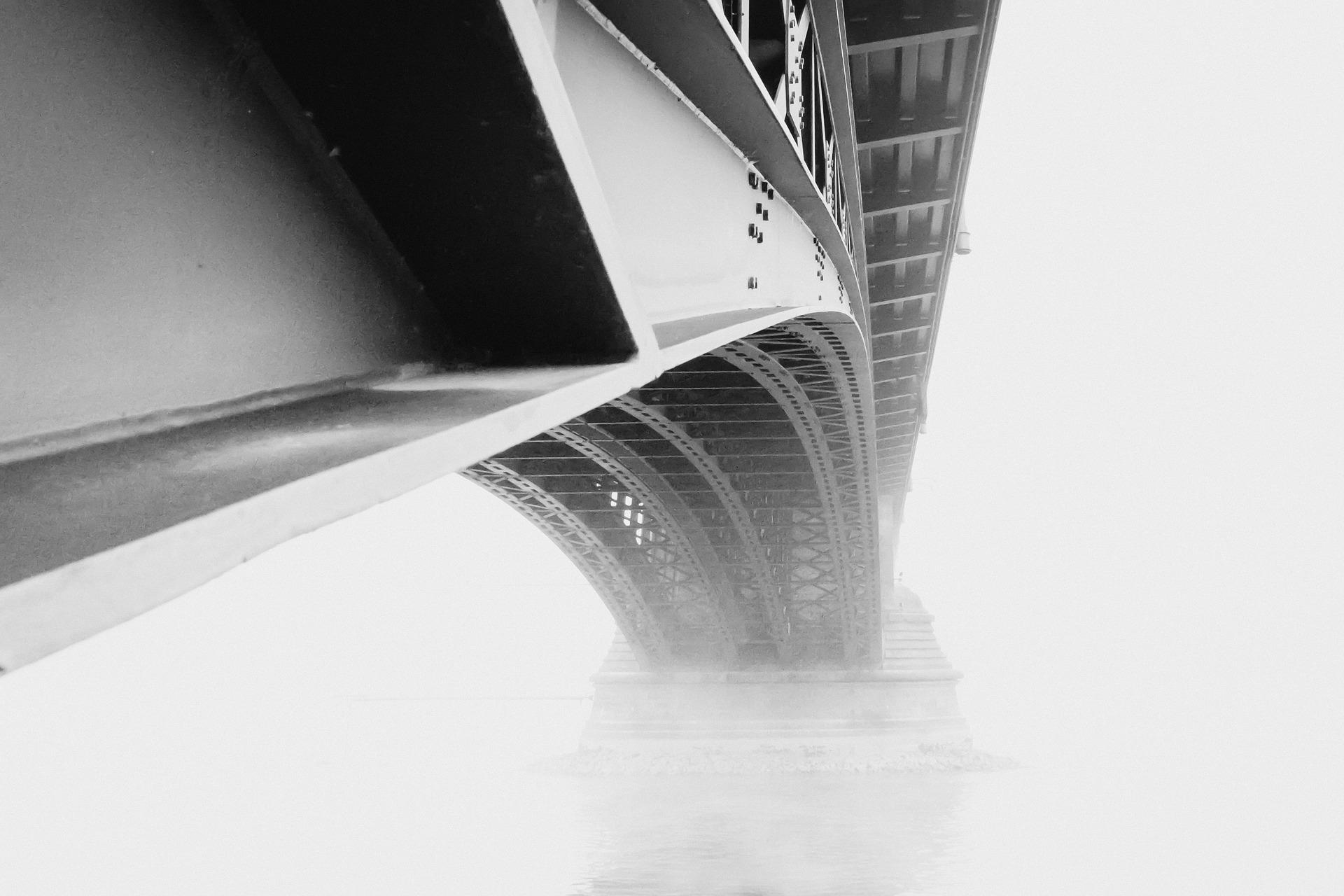 Torre Eiffel desde abajo.