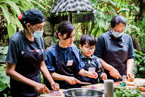 Buy one get one Cooking Class Sareng Sareng for 2 Pax Ubud
