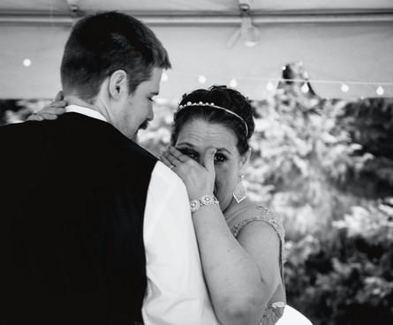 Wedding | Groom + Mother dance