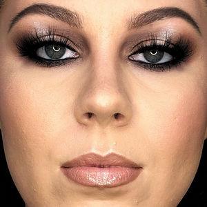 Kim Kardashian Lightning Strike eyes - Makeup Tutorial