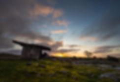 Dawn, Poulnabrone Dolmen.jpg