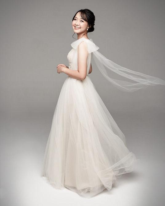 Sothida Arial Autumn Dress ชุดเจ้าสาว Bridal Dress