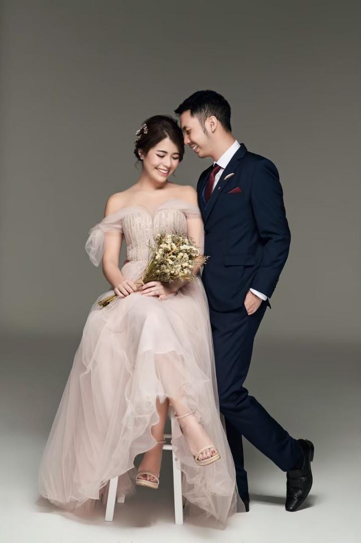 Sothida Aurora dress ชุดแต่งงานสีชมพู ชุดหมั้น