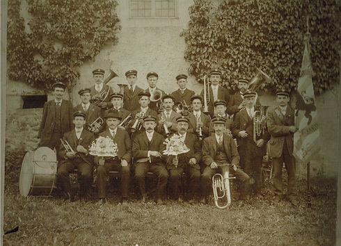 1909_D'Musek_ëm_1909.jpg