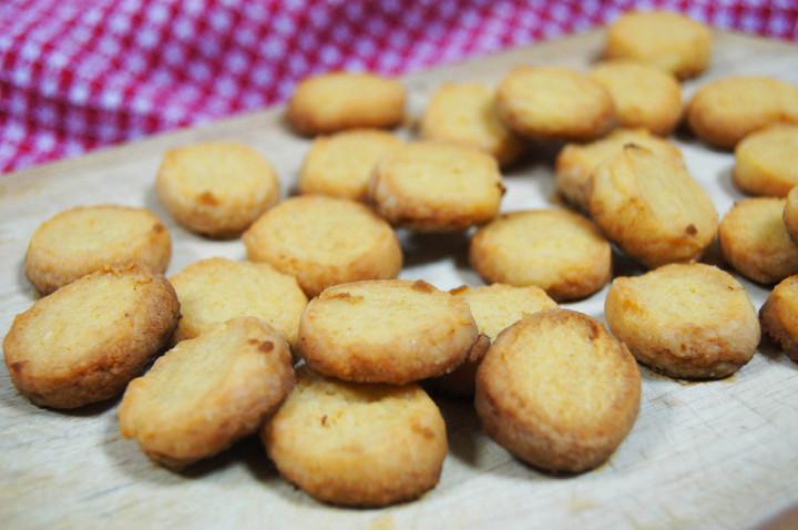 Recipe: Parmesan Biscuits