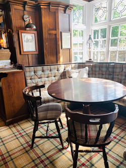 Drink and dine at The Scotsman's Pack