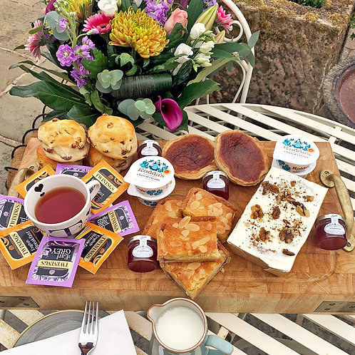National Afternoon Tea Delivery (2 or 4 people from £24.95)