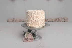 Victoria Sponge with Pinkish Rose Style Buttercream