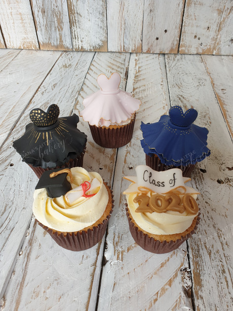 Prom Themed Cupcakes