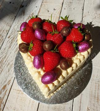 Victoria Vegan Sponge with Fresh Strawberries