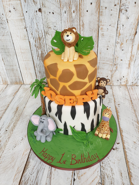 Giraffe and Zebra Jungle Tier Cake