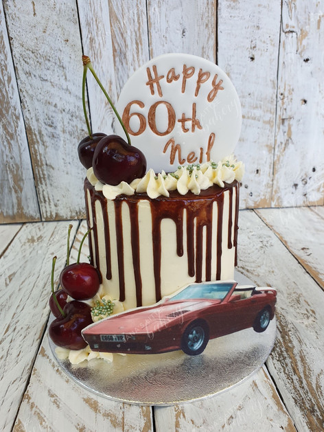 Mini Drip Cake with Favourite Sport Car