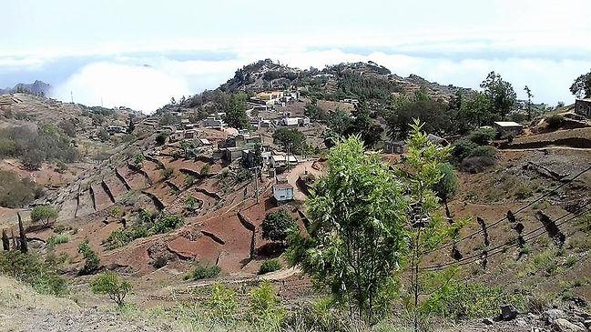 petits villages dans les montagnes de santo antao