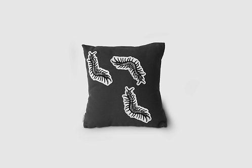 Marlo & Isaure - cushion - designed by Happypets