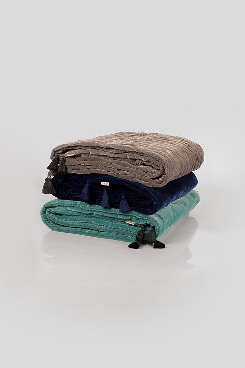 Marlo & Isaure - blanket - designed by Zanellato Bortotto